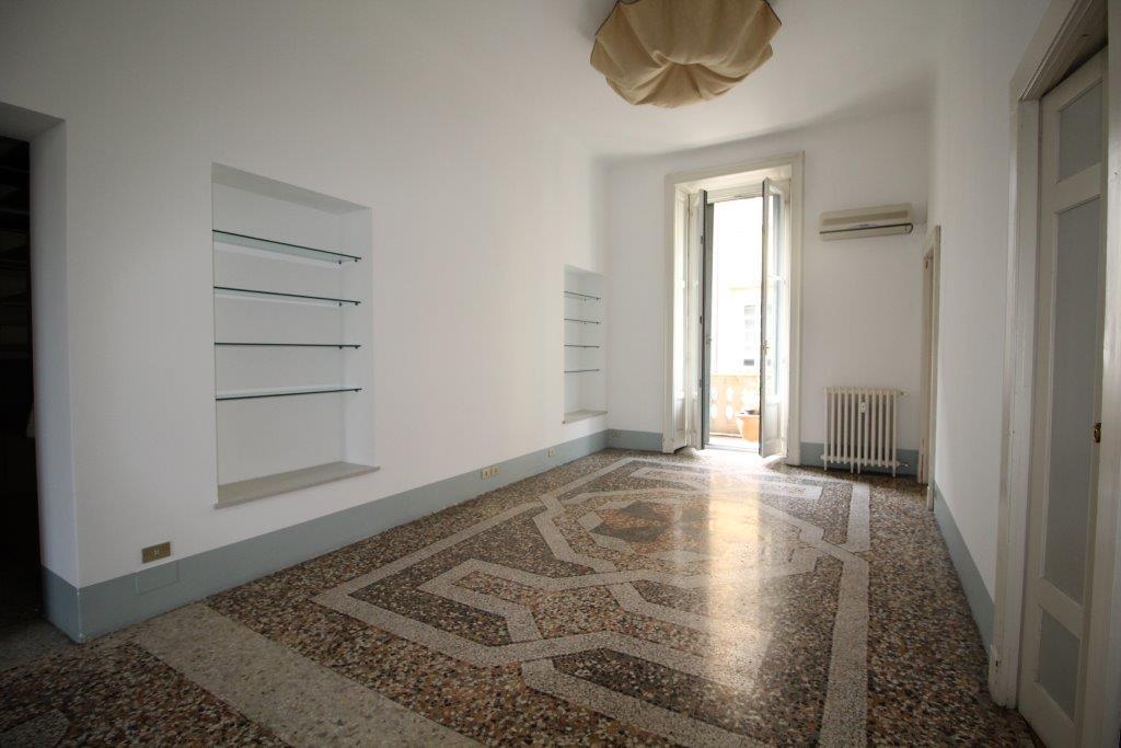 Milano via solferino for Contratto di locazione appartamento arredato