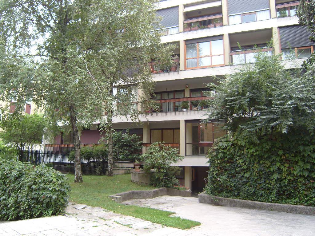 Milano via degli alerami for Contratto locazione immobile arredato